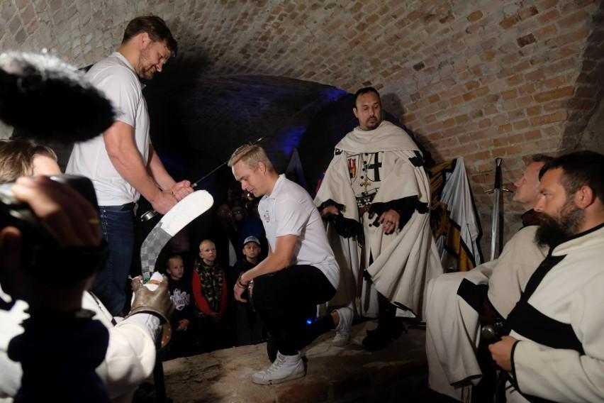 W piwnicach ruin zamku krzyżackiego odbyła się prezentacja...