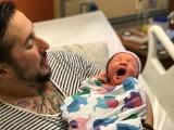 Amerykanin Trystan Reese urodził dziecko!