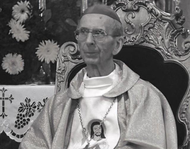 Biskup Jan Bagiński podczas jubileuszu 25-lecia święceń biskupich.