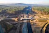 Postępy pracy przy budowie ekspresowej drogi S6. Zobacz najnowsze zdjęcia