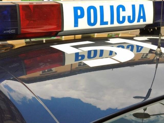 Pijanego kierowcę koparko-ładowarki policjanci zatrzymali we wsi Czystochleb pod Wąbrzeźnem
