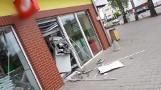 Wschowa: Wybuch bankomatu przy Biedronce na ul. Konradowskiej. Złodzieje zrabowali pieniądze [ZDJĘCIA]