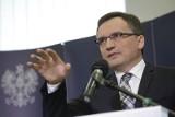 """Ziobro: Opinia rzecznika TSUE sprowadza się do obrony patologii. Opozycja: """"Reforma sądownictwa to kompromitacja i skandal"""""""
