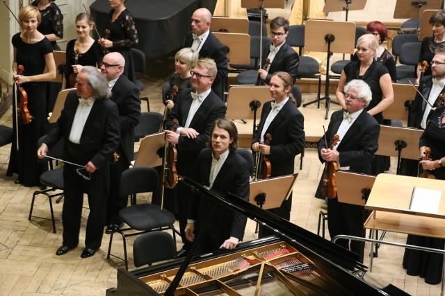 David Fray, Marek Pijarowski i Orkiestra Filharmonii Poznańskiej.