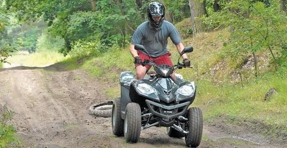 Przepisy zabraniają quadom wjeżdżać do lasu. Grozi za to 500 złotych mandatu.