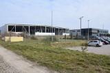 Strefa inwestycyjna w Jędrzejowie szybko się rozwija. W zakładach pracuje już ponad 1000 osób. Budowane są kolejne hale (WIDEO, ZDJĘCIA)