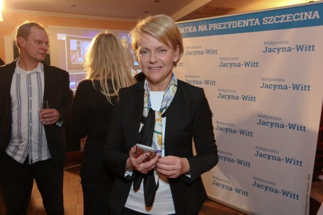 Małgorzata Jacyna-Witt prowadzi kampanię wyborczą i z mieszkańcami kontaktuje się bezpośrednio, a nie za pośrednictwem mediów.