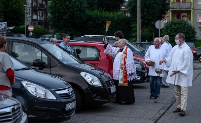 Święcenie pojazdów na św. Krzysztofa w parafii św. Jadwigi Królowej w Gdańsku na Oruni Górnej. 26.07.2020 r.