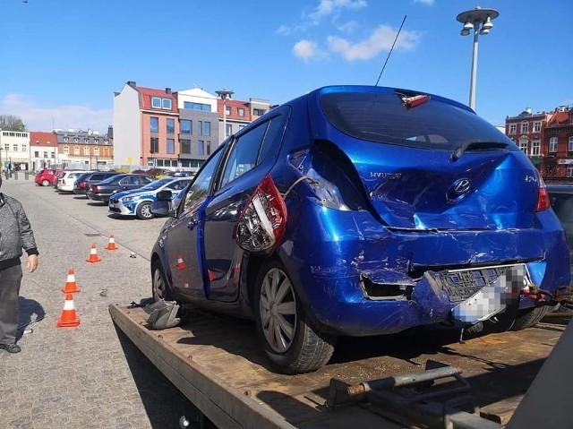 W Lęborku kierowca mercedesa spowodował kolizję z 6 autami. Policja szuka sprawcy