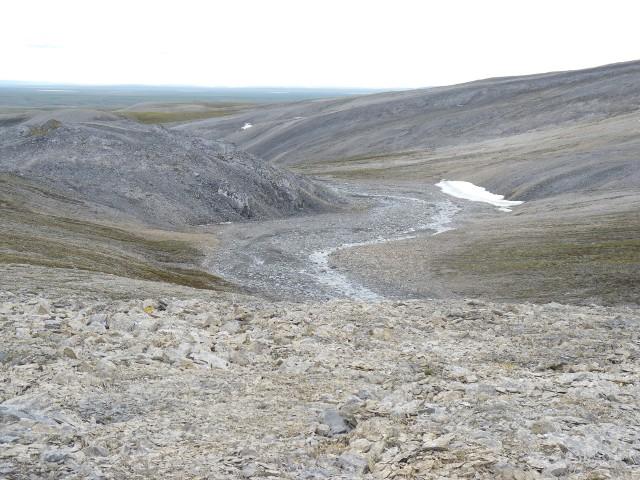 Skały węglanowe z Tajmyru na Syberii emitujące metan