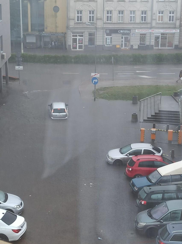 Po wielkiej ulewie w Koszalinie. Nowe zdjęcia i wideo od Internautów
