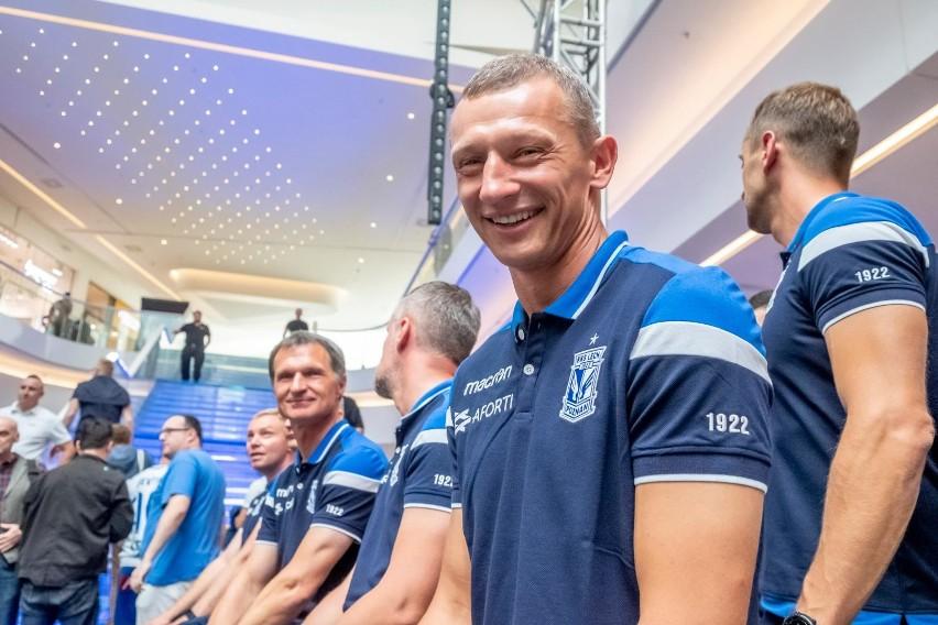 1 kwietnia 2019 roku tymczasowym trenerem Lecha Poznań...
