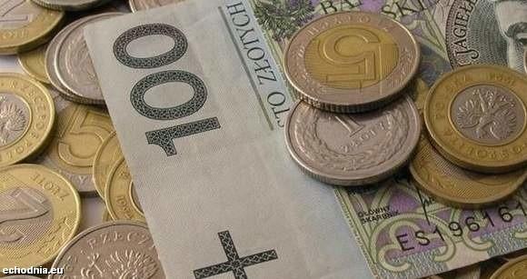 Rekord wynagrodzenia za pracę w radzie nadzorczej świętokrzyskiej spółki giełowej to niewiele ponad 200 tysięcy złotych rocznie brutto.