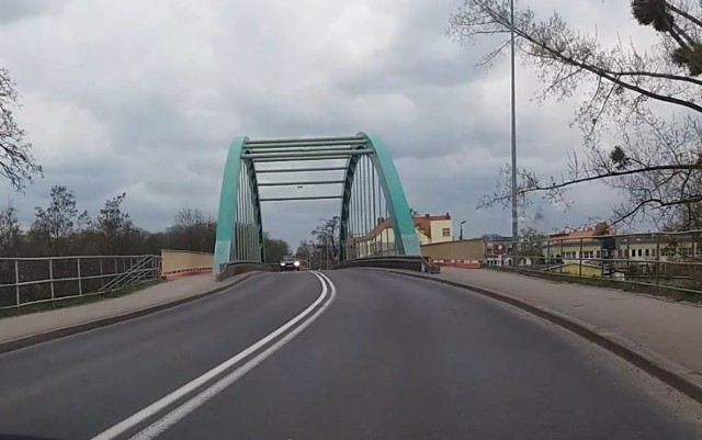Wojewoda Opolski podpisał decyzję o zezwoleniu na realizację inwestycji drogowej dla rozbudowy DK39 na odcinku Smarchowice Wielkie – Namysłów.