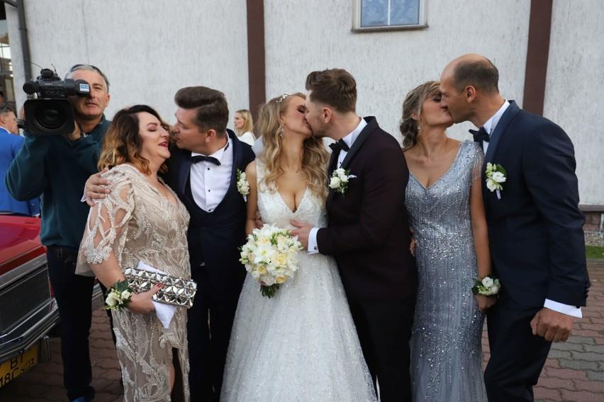 """Ślub syna króla disco polo Zenka Martyniuka. Daniel Martyniuk i Ewelina Golczyńska powiedzieli sobie sakramentalne """"TAK""""! [ZDJĘCIA]"""