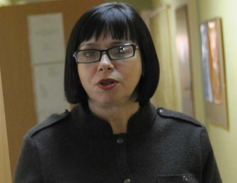 - Jestem już w kontakcie z moim  pełnomocnikiem prawnym i wspólnie będziemy podejmować decyzję o dalszych krokach - mówi Teresa Koczubik, którą prezydent odsunął od kierowania MOPS-em.