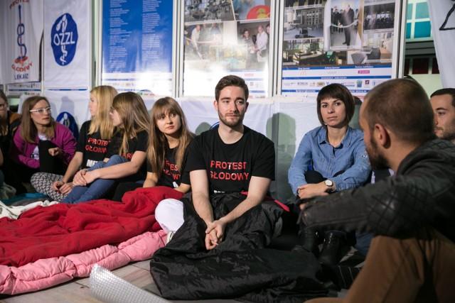 Strajk głodowy lekarzy trwa. W środę w całej Małopolsce odbędzie się akcja solidarności z protestującymi
