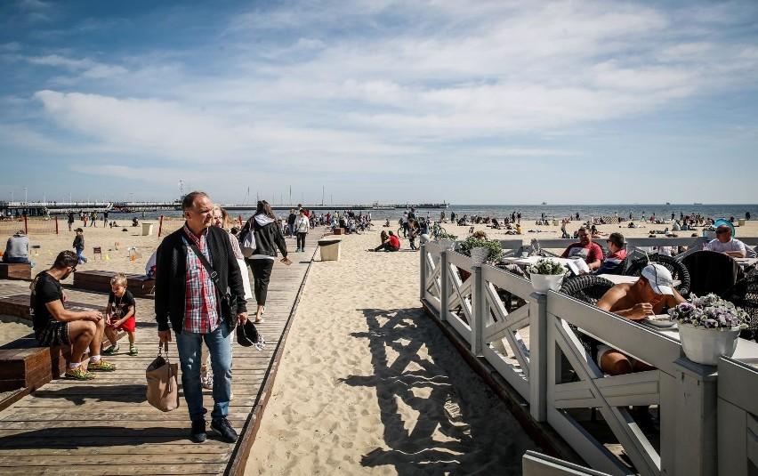W branży turystycznej, tylko w 2020 r. ponad 1,1 tys....