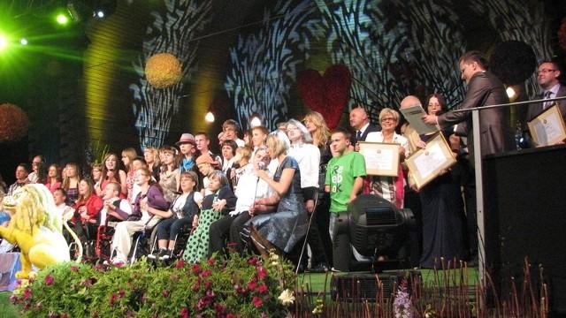 Co roku w festiwalu bierze udział   50 młodych wokalistów z całej Polski.