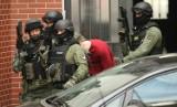 Student, który podłożył bombę w autobusie 145, w środę trafi na obserwację psychiatryczną