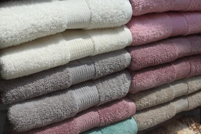 Ręczniki, pościele, stroje kąpielowe złej jakości.UOKiK ma zastrzeżenia także do informacji na metkach