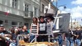 Studenci opanowali miasto, od dziś rządzą Łodzią, dostali klucze do miasta i rozpoczynają Juwenalia [FILM, zdjęcia]