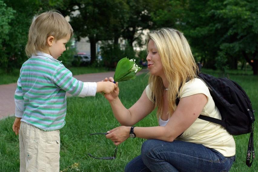 Życzenia na Dzień Matki. Każdego roku 26 maja obchodzimy w...