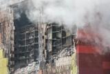Kraków. Ekspertyza z Politechniki Krakowskiej podaje, jak bezpiecznie wyciągnąć dokumenty ze spalonej hali archiwum