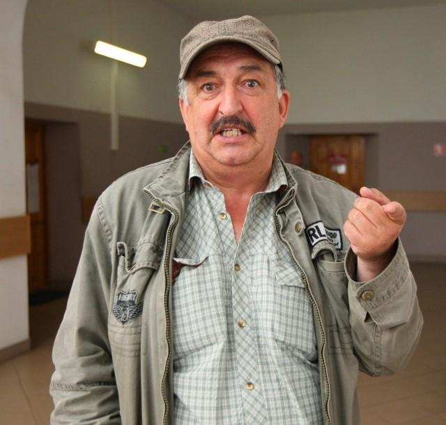 Roman Oczoś przyszedł do sądu załatwić formalności związane z pieniędzmi pozostałymi po Dżimim Radyjku.