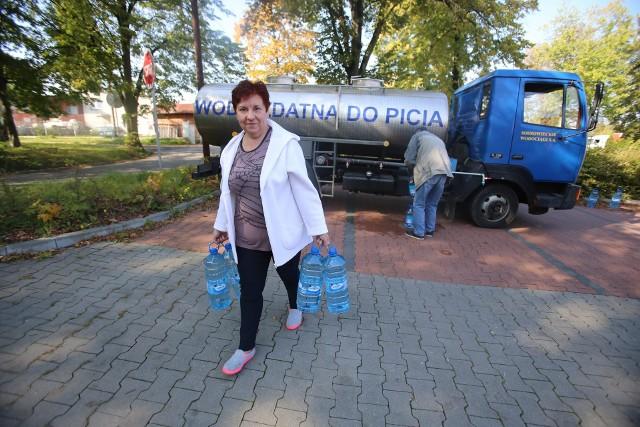 Mieszkańcy chcieliby, żeby pod ich domy wodę dostarczał beczkowóz (zdjęcie poglądowe).