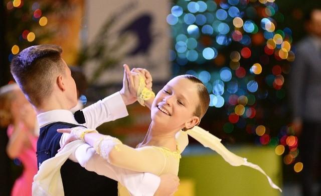 Gwiazdkowy Turniej Tańca odbędzie się w najbliższą sobotę, 17 grudnia 2016 r., w hali Wojewódzkiego Ośrodka Sportu i Rekreacji w Drzonkowie