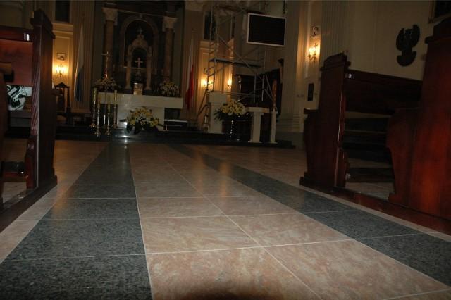 Pustki w kościołach w Łodzi. Na porannych mszach po kilkanaście, kilkadziesiąt osób