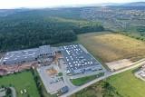 Firma Formaster Group z Kielc zakupiła pięć hektarów gruntów pod budowę nowej hali produkcyjno-magazynowej w Bilczy, gmina Morawica [WIDEO]