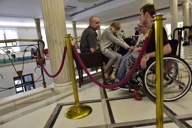 Za kilka dni minie rok, gdy w Sejmie rozpoczął się protest rodziców dorosłych osób niepełnosprawnych