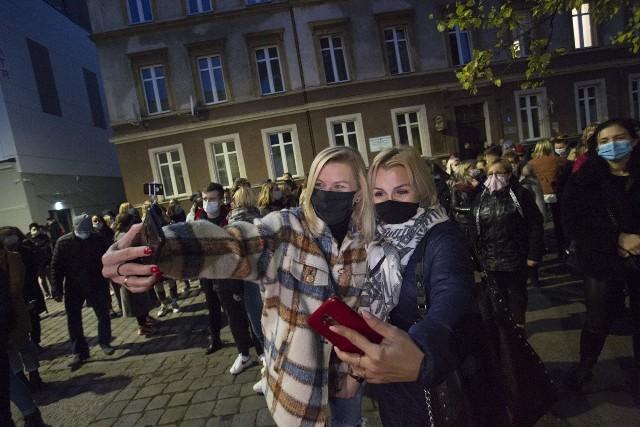 Kobiety protestowały pod siedzibą słupskiego PiS