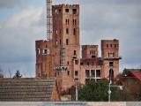 Zamek w Stobnicy: Eksploratorzy weszli do budowli. Tak wygląda w środku [WIDEO]