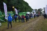Rolników nie wystraszył deszcz i licznie przyjechali na Podlaski Dzień Pola w PODR Szepietowo