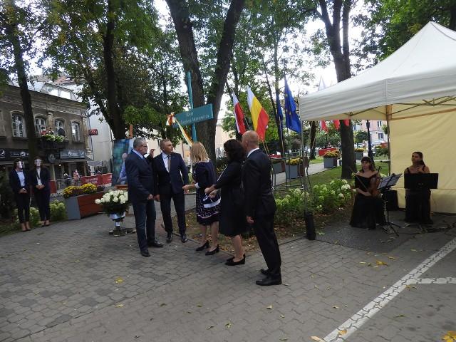 Skwer im. Pawła Adamowicza znajduje się w pobliżu ulicy Malmeda