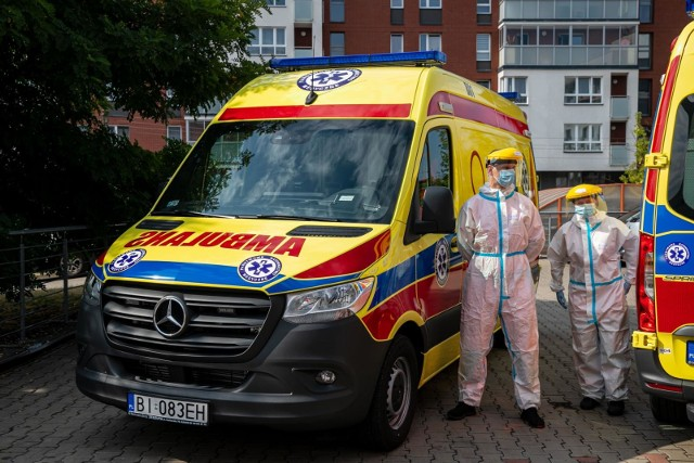 Pracownicy pogotowia ratunkowego najbardziej narażeni na kontakt z zakażonymi koronawirusem nie otrzymują dodatków!