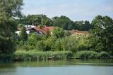 Dwa jeziora, dwa zamki i Park Miłości... Słowem, jesteśmy w Lubniewicach