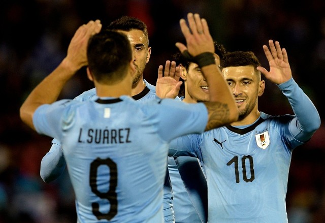 Luis Suarez jest pierwszym Urugwajczykiem, który zdobył co najmniej jednego gola na trzech mundialach.