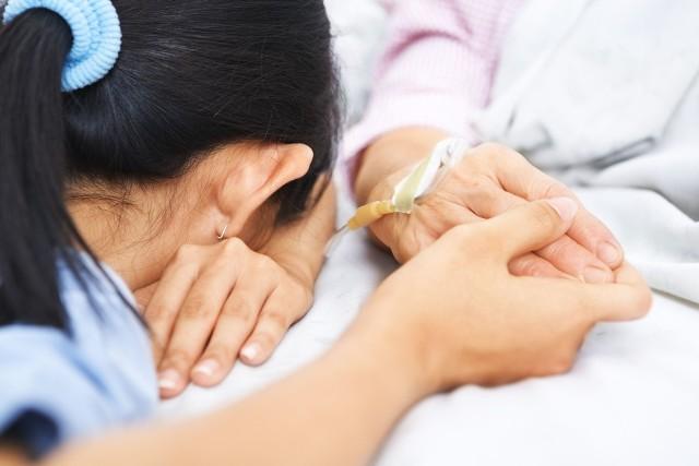 Koronawirus jest nie tylko bardziej zaraźliwy od grypy, ale też bardziej  śmiertelny