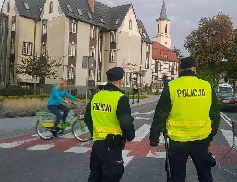 Zielonogórscy policjanci pilnują, aby przepisów...