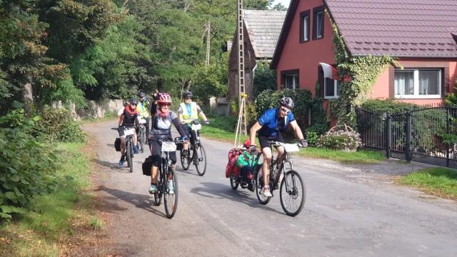 Rowerzystów w Gubinie i okolicach jest sporo i pewnie ucieszą się, jeśli powstanie ścieżka rowerowa między Jaromirowicami a Żytowaniem.