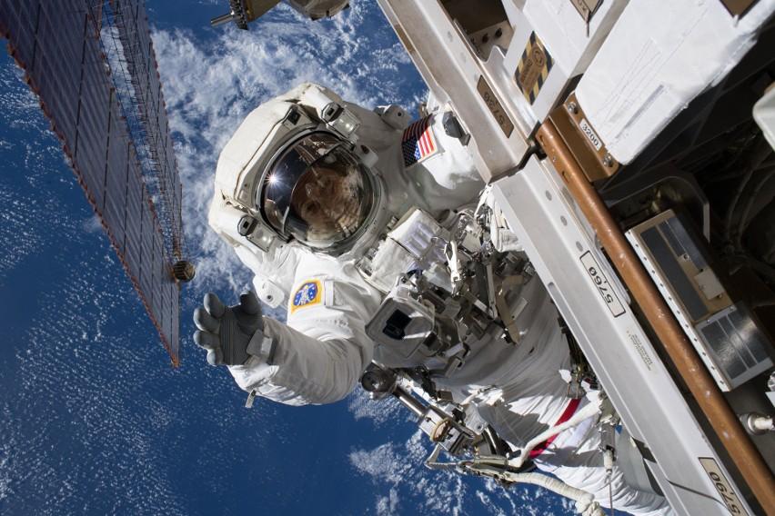 Astronauta Międzynarodowej Stacji Kosmicznej, Ricky Arnold,...