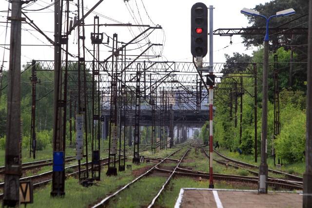 Wśród innych pociągów REGIO też mogą wystąpić zmiany godzin kursowania, np. z powodu zachowania skomunikowania z innymi pociągami.