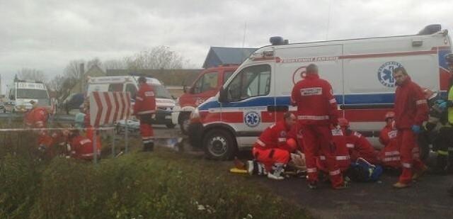 Dwie kobiety zginęły w wypadku na miejscu a trzecia w skutek odniesionych ran w szpitalu.