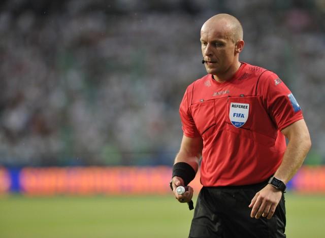 Szymon Marciniak nie boi się odważnych decyzji