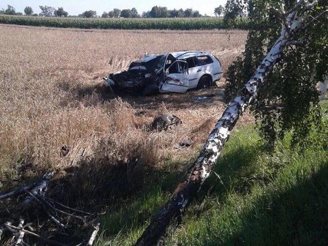 Ford dachował w Skarbimierzu. Zginął pasażer