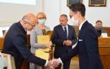 Nagrody dla najlepszych uczniów w Lublinie. Sprawdź, które szkoły mają najwięcej laureatów. Zobacz zdjęcia